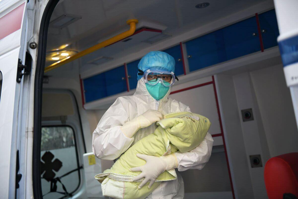 В России за полгода коронавирусом переболело почти 50 тыс. детей