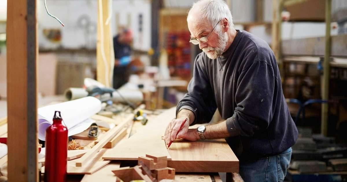 В Госдуме предложили правительству варианты индексации пенсий работающим пенсионерам