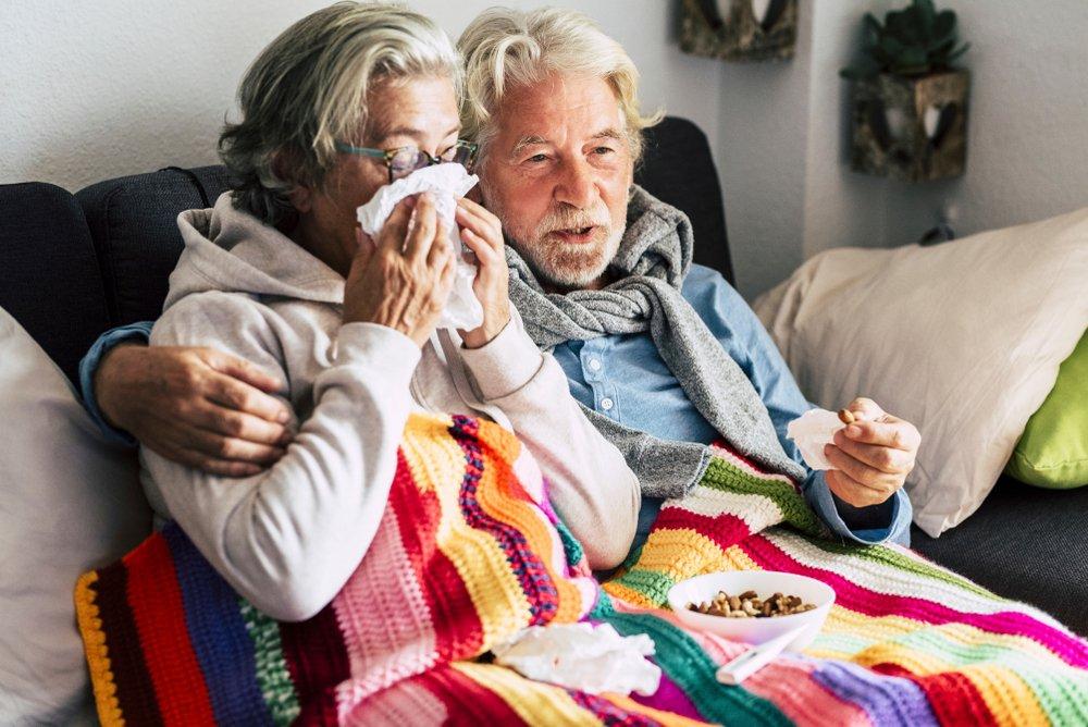 В России выросло количество заболевших коронавирусом пожилых людей