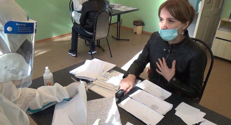 На работу мобильных бригад по оказанию помощи больным коронавирусом выделят 200 млн руб.
