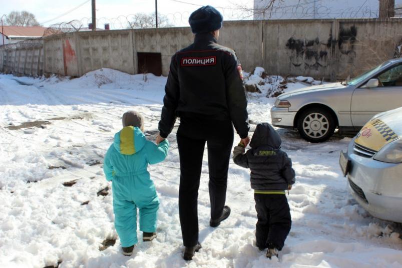 Толстой выступил против принятия законопроекта об изъятии детей из семьи
