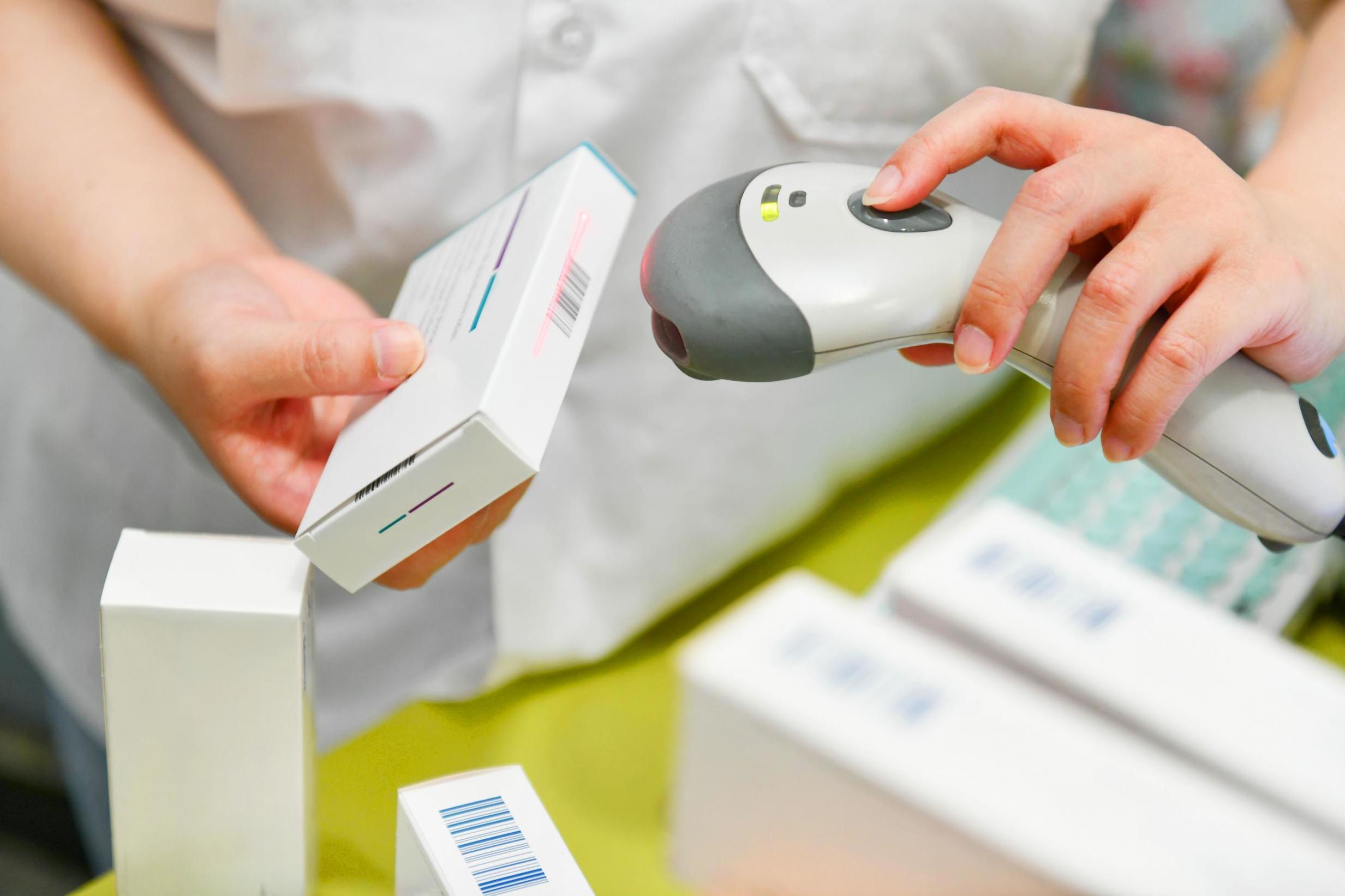Минпромторг заверил, что маркировка лекарств не влияет на доступность лекарств в аптеках
