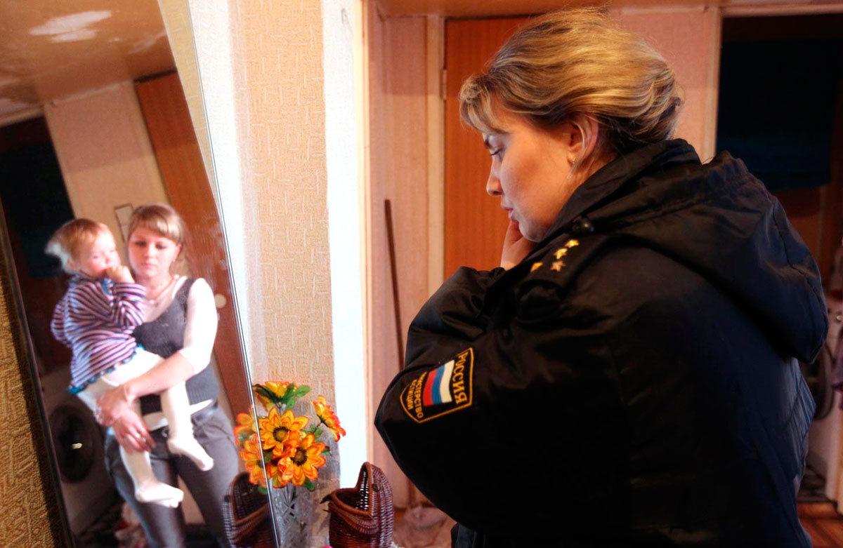 Думский комитет поддержал законопроект об ограничении изъятия детей из семьи
