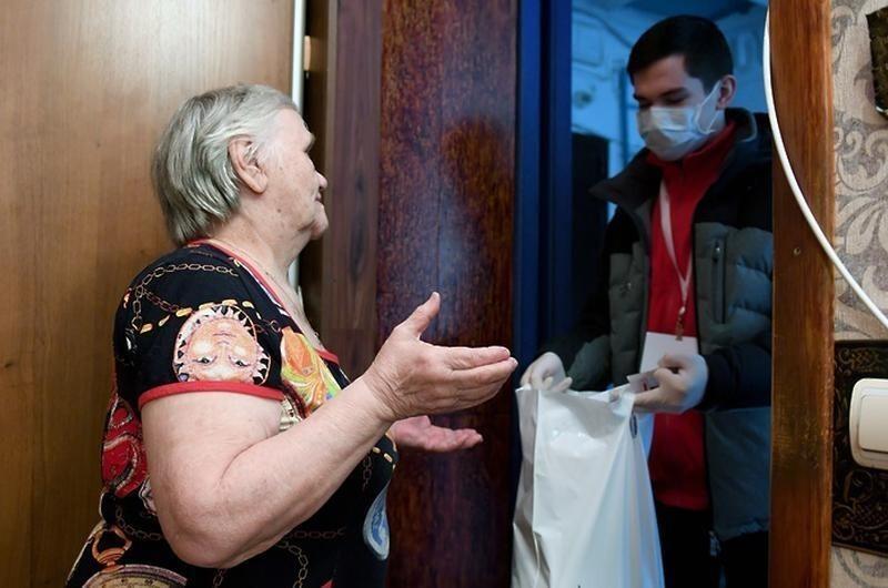 В Госдуме предложили компенсировать пенсионерам доставку еды во время самоизоляции