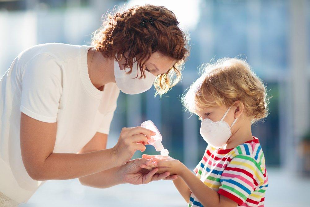 Роспотребнадзор составил список симптомов коронавируса у детей