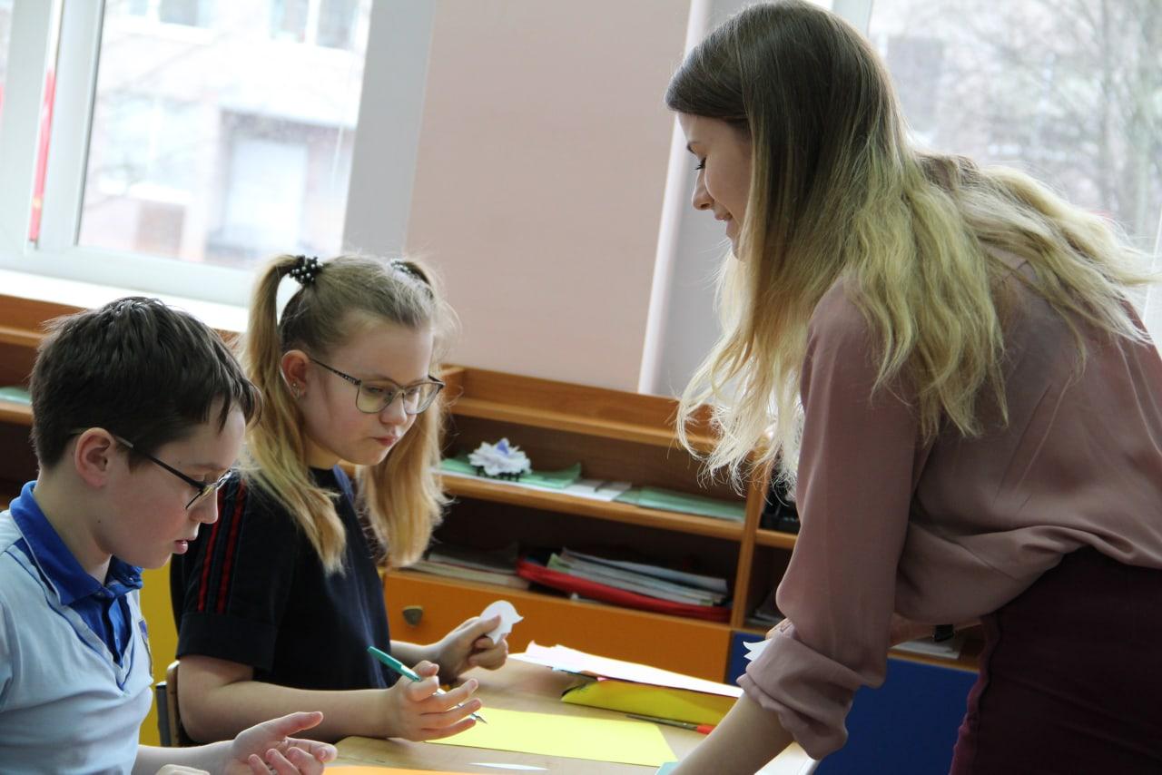 В Госдуме предложили заменять учителей на больничном старшекурсниками педвузов