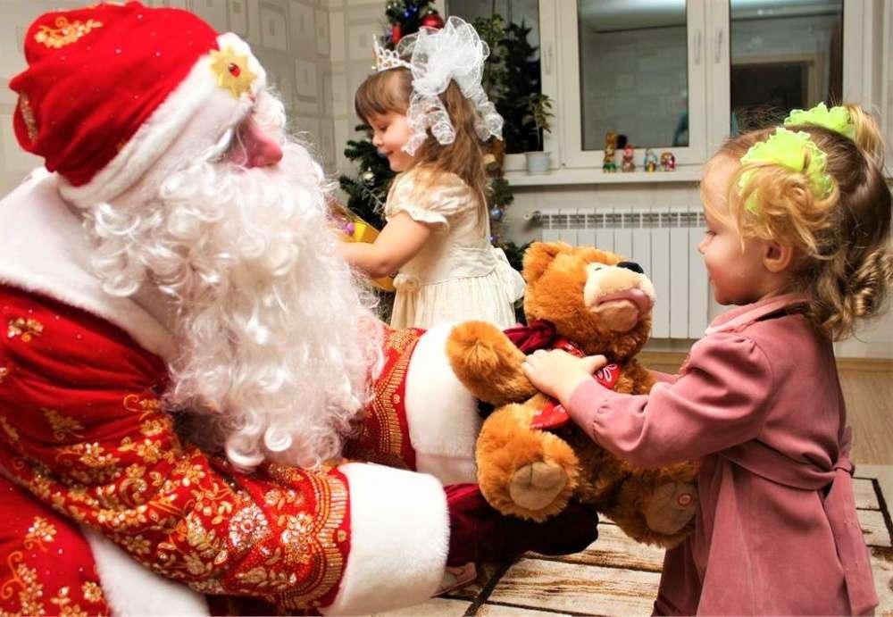 В России стартует новогодняя акция «Дед Мороз приходит в дом!»