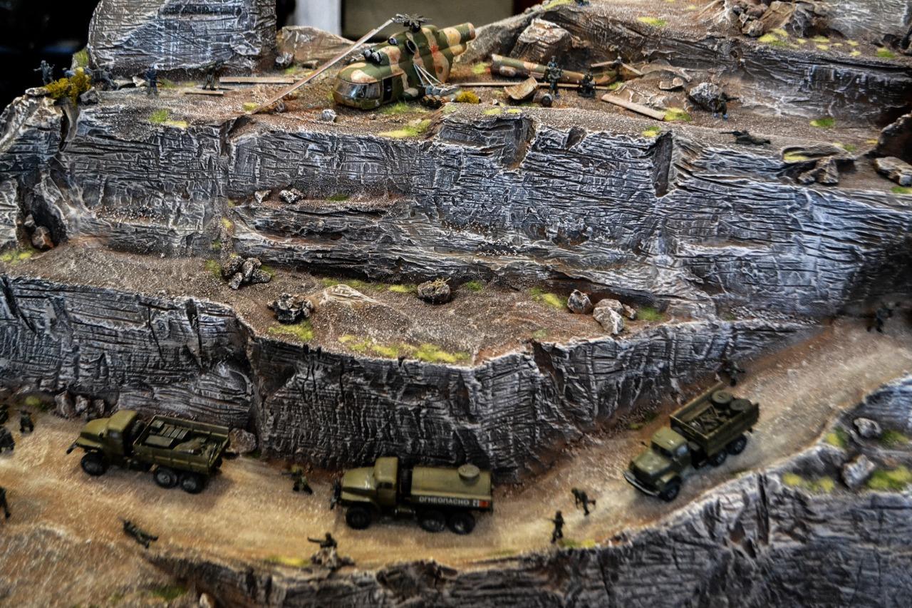 Хабаровские моделисты изготовили для музея диораму, посвященную Афганской войне