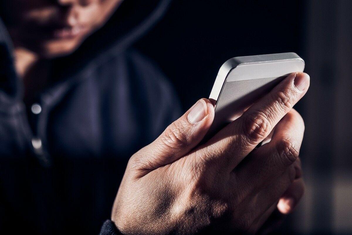 Ущерб от звонков телефонных мошенников из колоний и СИЗО составил 1,8 млрд руб.