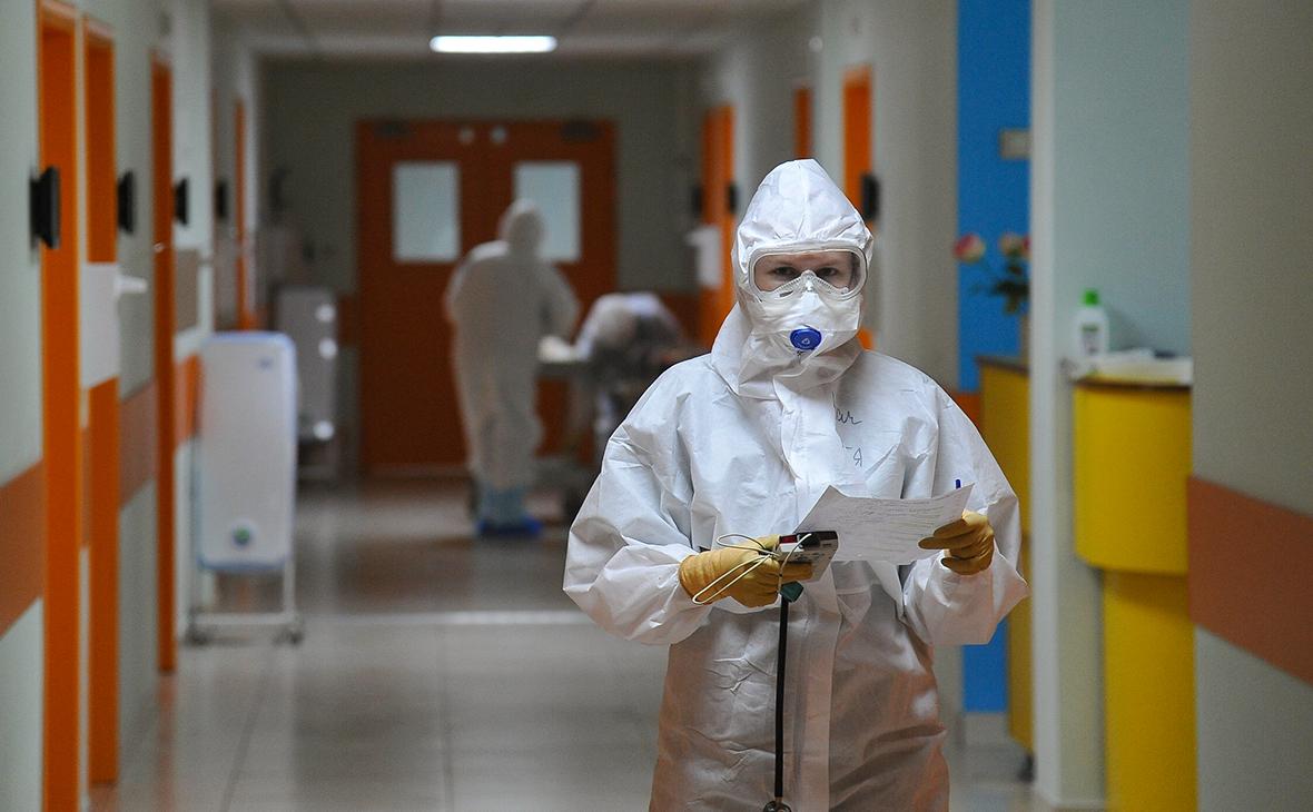 Работающие с коронавирусными пациентам врачи смогут досрочно выйти на пенсию