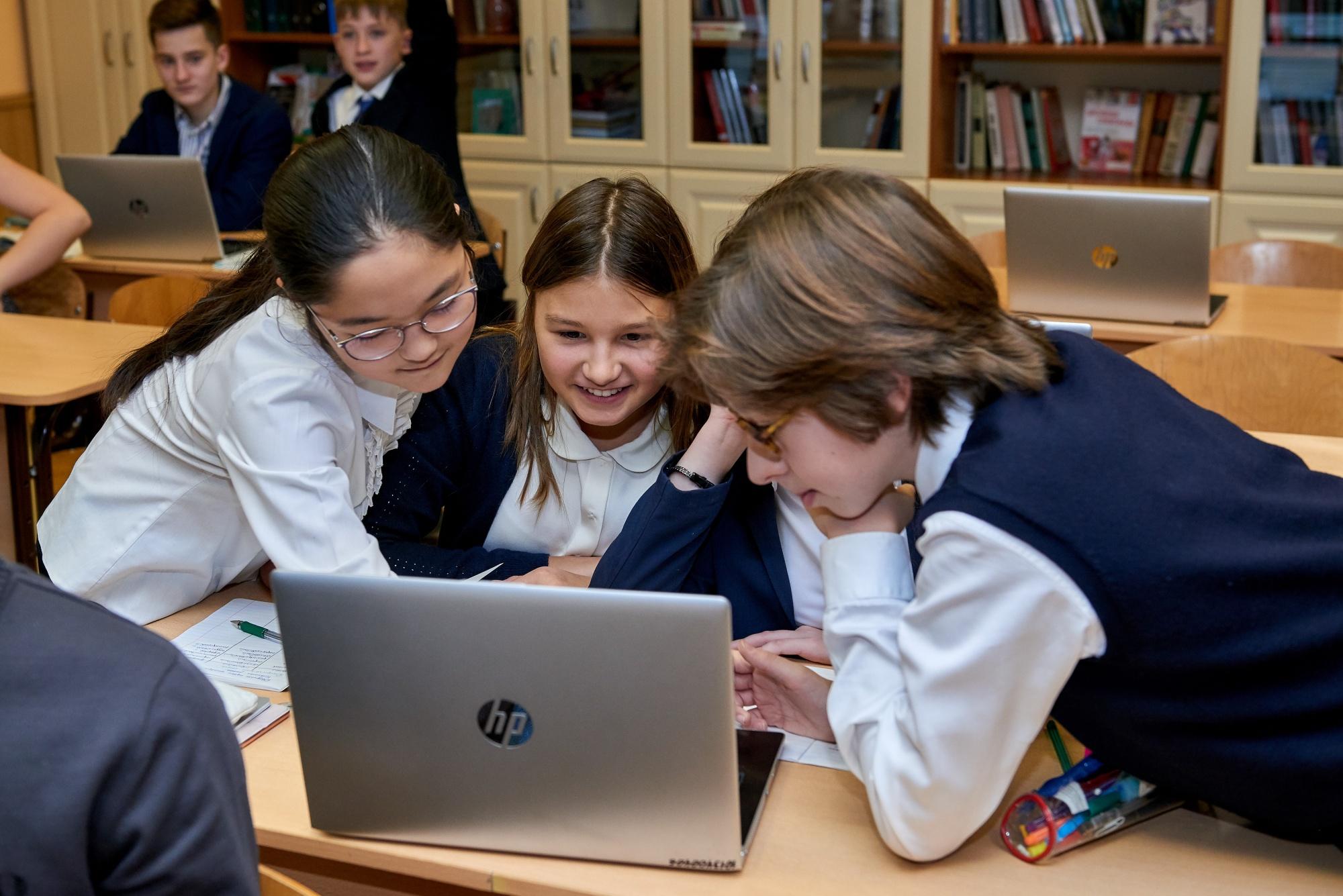 Глава Минпросвещения рассказал о преимуществах цифровой биографии школьников