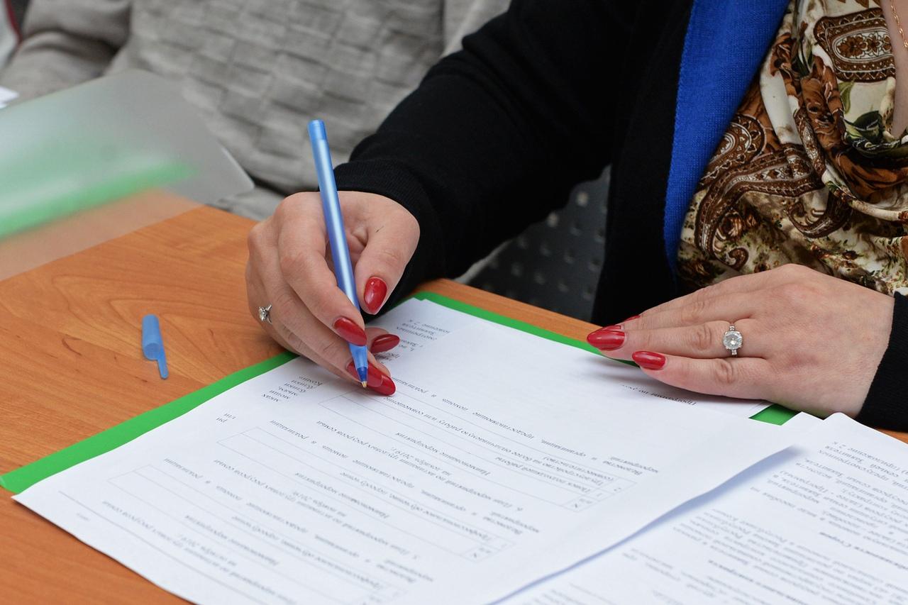 Семьям в РФ разрешат использовать соцконтракт для развития личных хозяйств