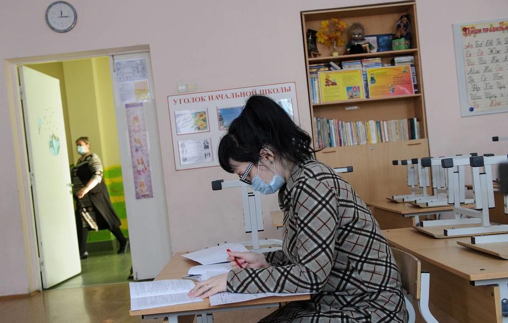 Минпросвещения обратилось в Минтруд за разъяснениями по вакцинации учителей