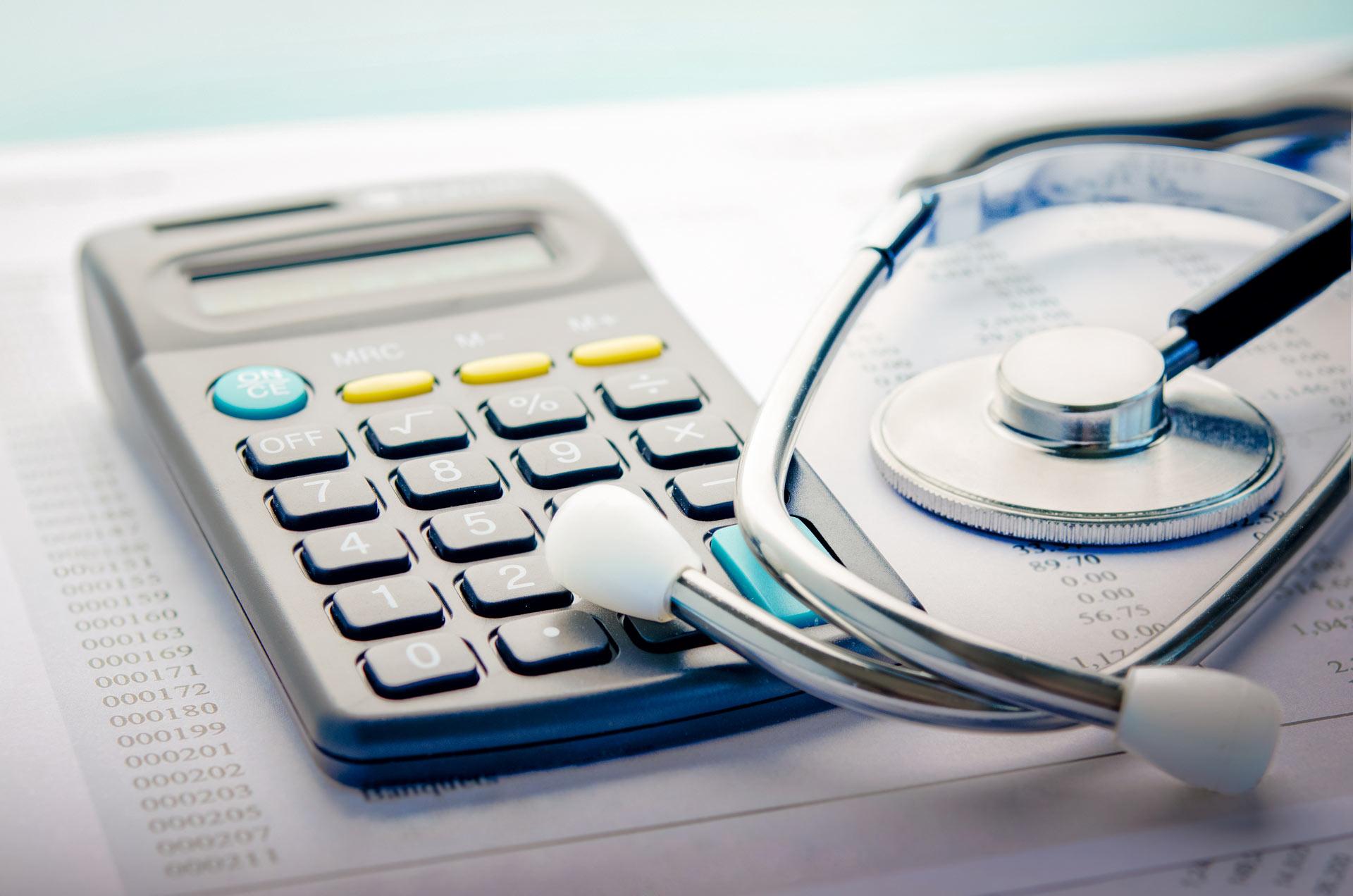 Правительство РФ выделит более 25,4 млдр рублей на допфинансирование медучреждений