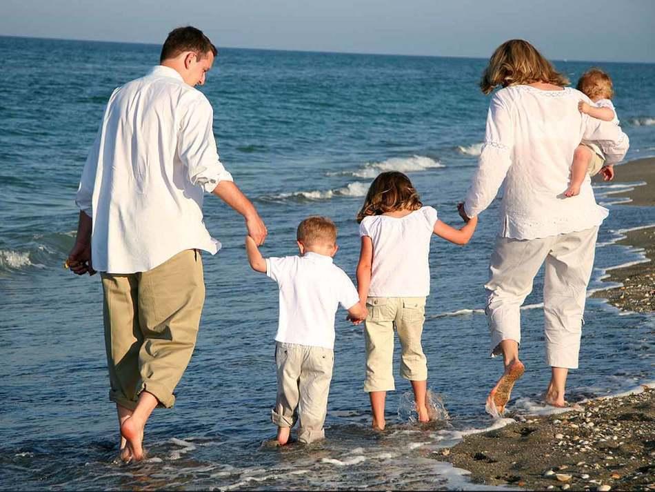 Многодетные родители смогут получить отпуск в приоритетном порядке