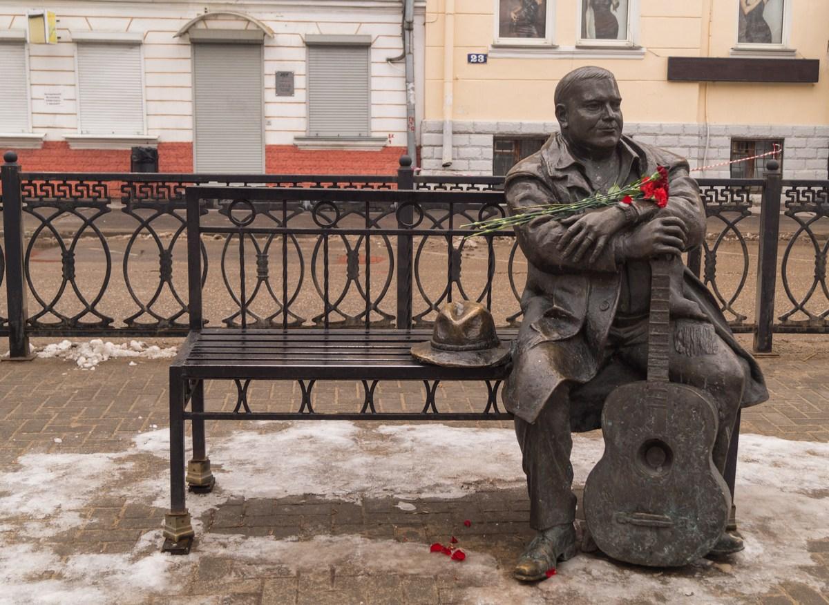Просьбу Ярослава Нилова сохранить памятник Михаилу Кругу в Твери поддержали российские ветераны