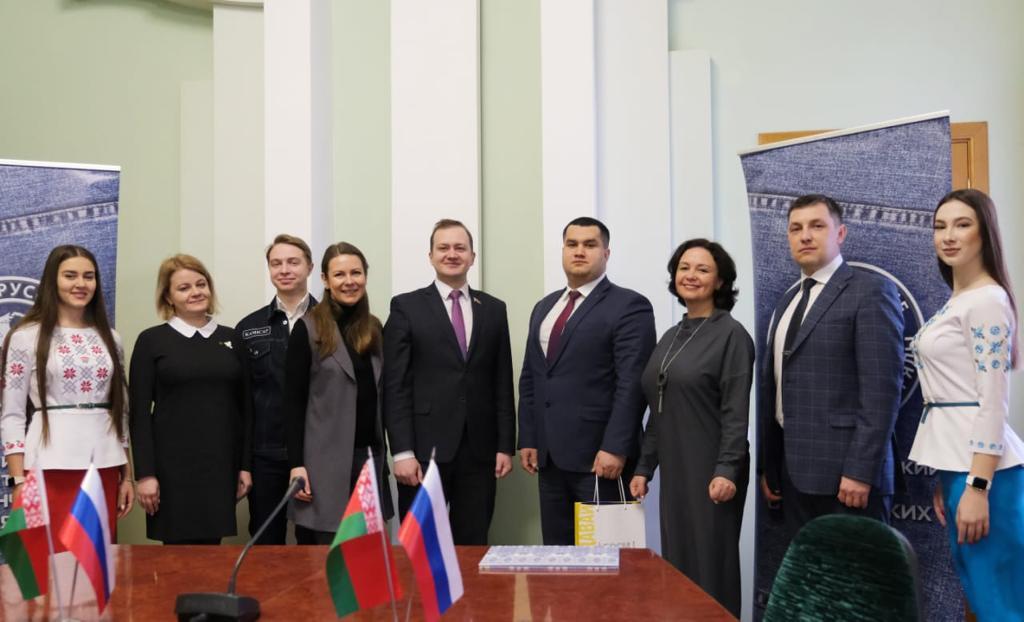 Российские и белорусские студенты летом будут строить федеральную трассу «Беларусь»
