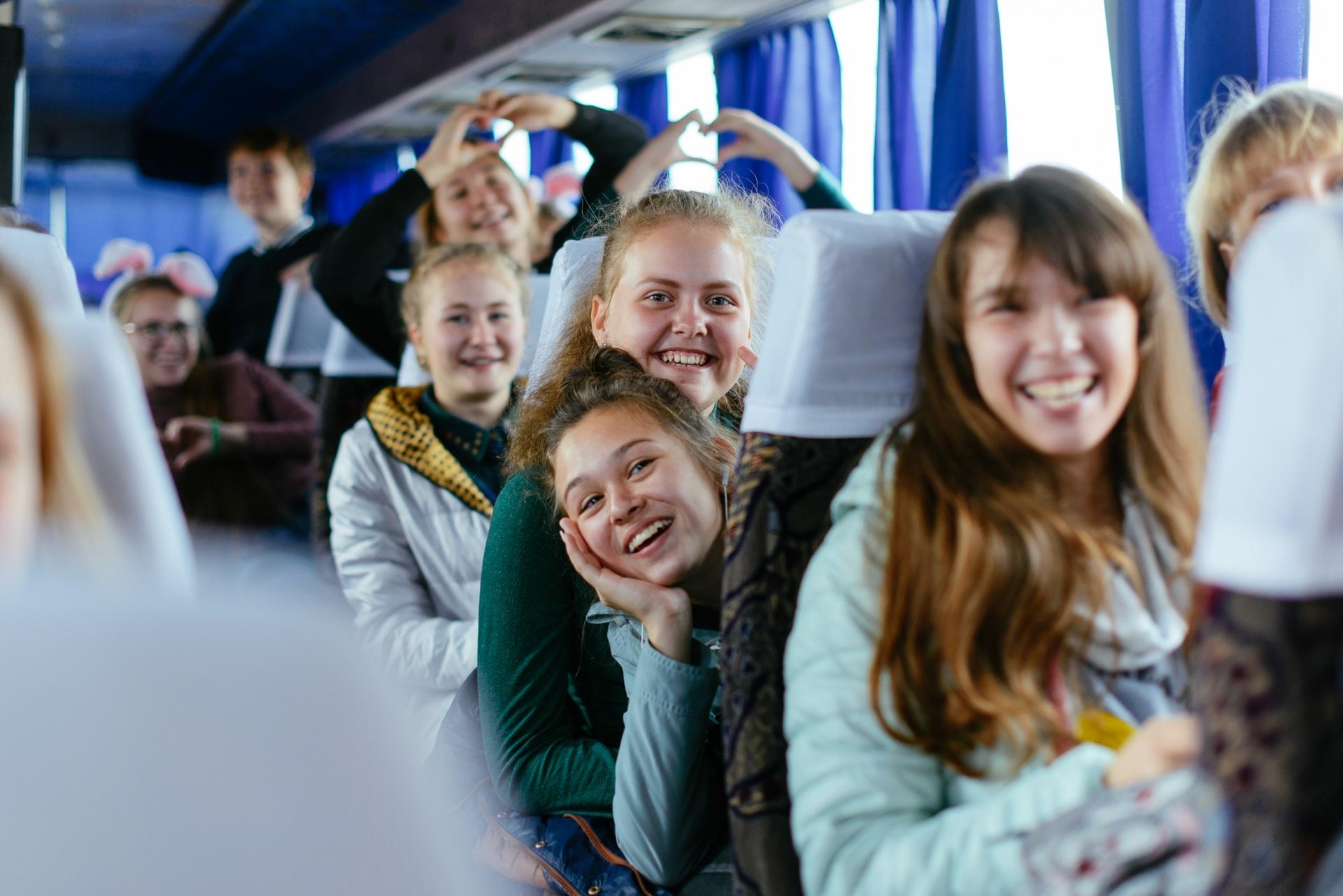 Путин предложил расширить программу кешбэка на туры для школьников и студентов