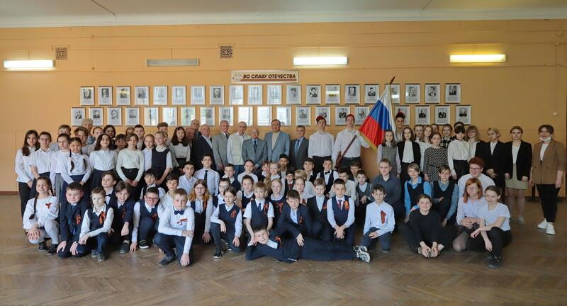 Фотогалерея «Во славу Отечества!» открылась при поддержке Благотворительного фонда Грачьи Погосяна
