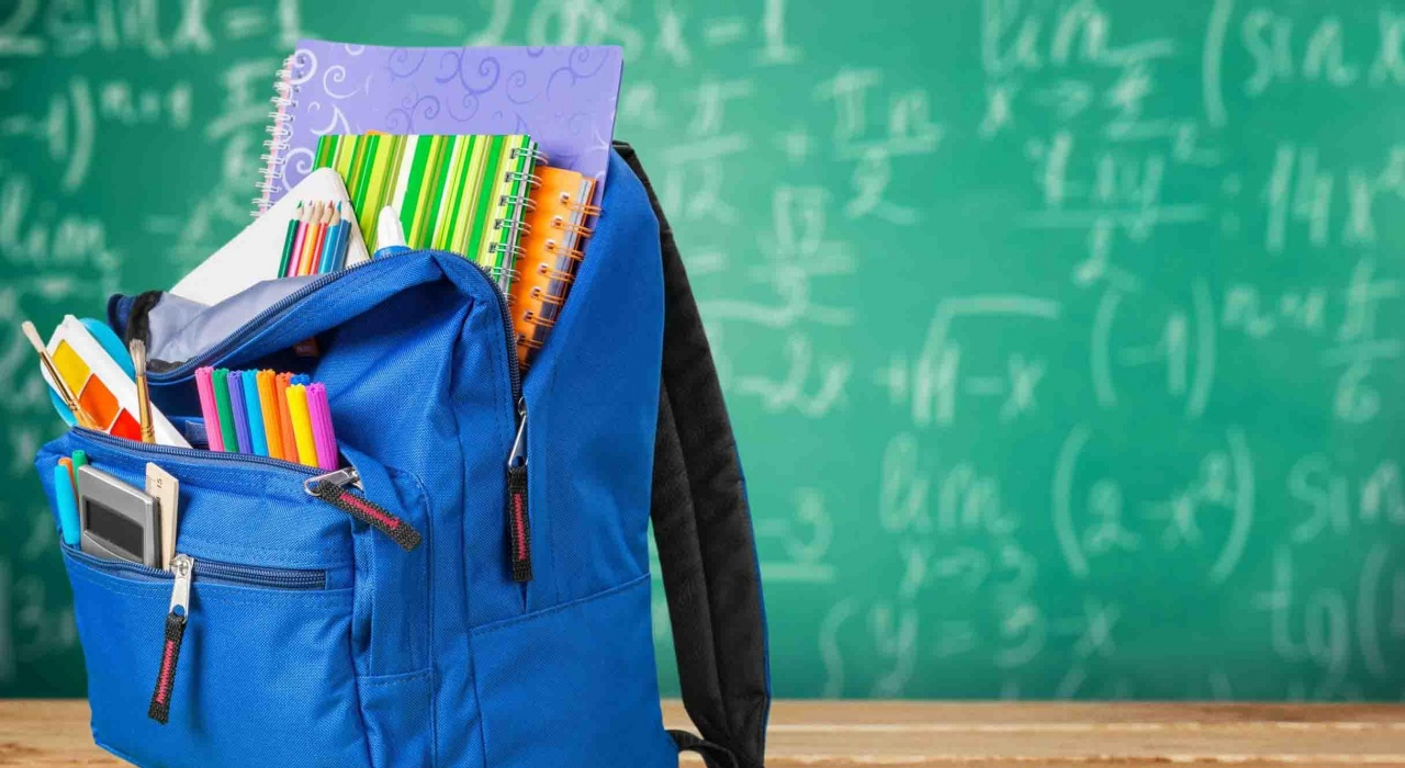 Семьи со школьниками получат выплаты до 17 августа