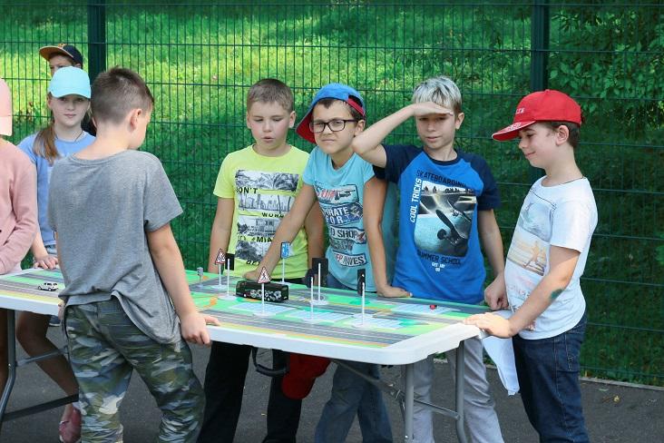 Кабмин выделил 5 млрд руб. на кешбэк за путевки в детские лагеря