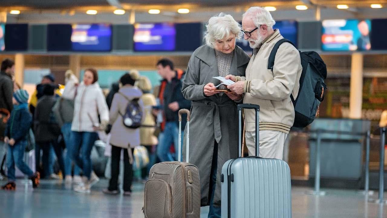 Пенсионерам-северянам упростили получение компенсации за проезд к месту отдыха