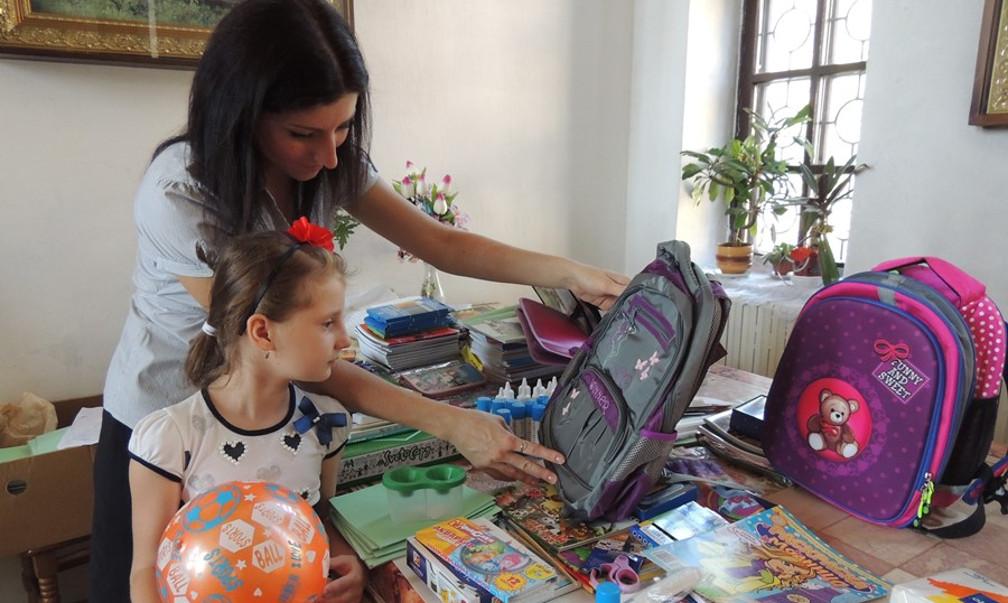 Выплачивать по 10 тыс. руб. на школьников начнут с 16 августа